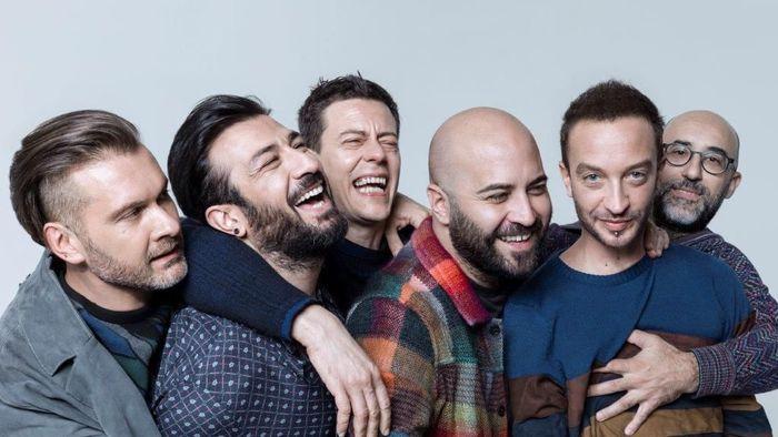 Negramaro vincono il Premio Amnesty per la miglior canzone sui diritti umani.