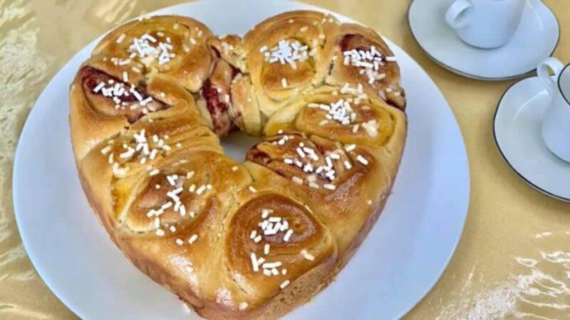 Oggi CucinAda: festa della mamma, ricetta cuore di rose.