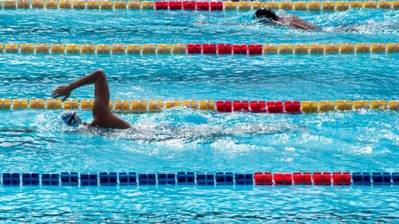 Covid: virus non resiste oltre 20-30 secondi in piscina