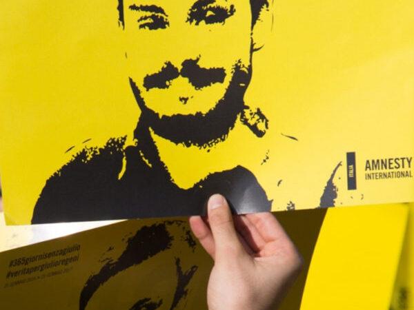 Anche a Cosenza una panchina gialla dedicata a Giulio Regeni