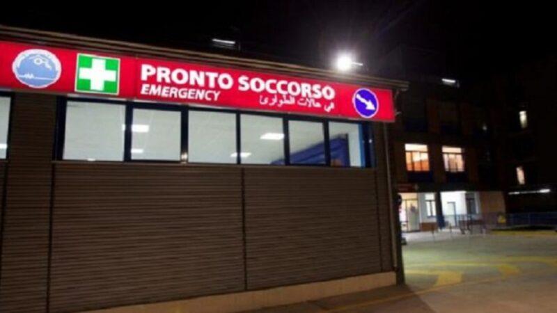 Bloccata per cinque ore nel Pronto soccorso di Cosenza, alla fine decide di tornare a casa