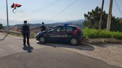 "Calopezzati, ""Hashish"" e ""Marijuana"" nascosti in cucina: i carabinieri arrestano un quarantaquattrenne."