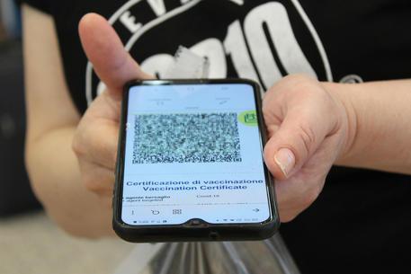 Aprigliano, green pass obbligatorio per assistere alle manifestazioni di intrattenimento, culturali e sportive