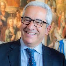 """Il presidente dell'Anci, Marcello Manna, lo staff del Parco Acquatico di Rende: """"Una grande organizzazione in una giornata importante"""""""