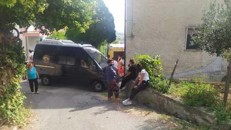 Paola, esalazioni tossiche da vasca con mosto, morte 4 persone