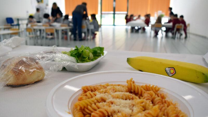 Cosenza, riprenderà domani, martedì 12 ottobre, il servizio di ristorazione scolastica nelle scuole della città.